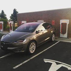 Haven't been driving the X (stardust) as much recently but I get to enjoy it again today! AP1 still better than AP2 (can actually cruise in the right lane without getting pulled toward exit lanes) but I miss my HEPA filter. Both cars are rockstars though. #tesla #autopilot #teslamodelx #stardust #autopilot #supercharger #elonmusk #renewableenergy #electricvehicle #teslafan #teslalife #teslalove