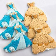 The Smarter Cookie - Timeline Cinderella Belle Beauty and the Beast Fancy Cookies, Iced Cookies, Cute Cookies, Royal Icing Cookies, Cupcake Cookies, Sugar Cookies, Disney Princess Cookies, Disney Princess Birthday, Princess Cakes