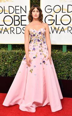 Lola Kirke from 2017 Golden Globes Red Carpet Arrivals