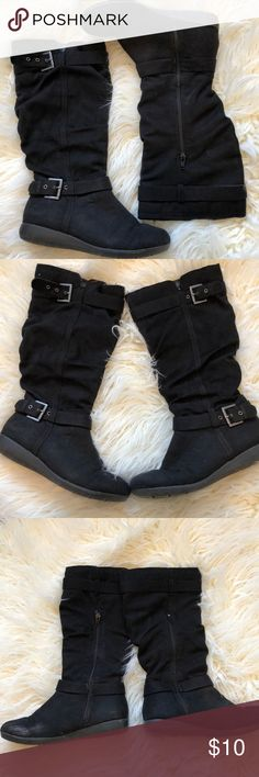 🔴 4/$25 {Hot KISS} Boots Pre-loved, in decent condition. From a pet friendly, smoke free home. Hot Kiss Shoes Combat & Moto Boots