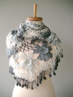This shawl is awesome. Got to find out how it's done.