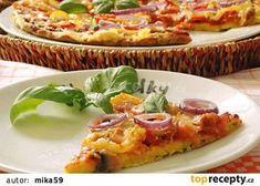 Cuketová pizza recept - TopRecepty.cz Hawaiian Pizza, Dumplings, Vegetable Pizza, Quiche, Food And Drink, Bread, Vegetables, Cooking, Breakfast