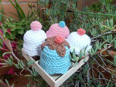amigurumi cup cakes Cup Cakes, Crochet Earrings, Crochet Hats, Jewelry, Fashion, Amigurumi, Knitting Hats, Moda, Jewlery