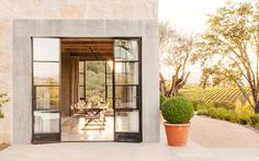 Mix and Chic: Home tour- A streamlined, modern rustic California home!