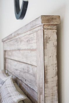 5 Easy And Cheap Ideas: Rustic Paint Thoughts rustic headboard stains.Rustic Headboard Home Projects rustic glam boutique. Do It Yourself Design, Do It Yourself Home, Furniture Projects, Home Projects, Furniture Plans, Pallet Furniture, Furniture Stores, Furniture Design, Furniture Dolly