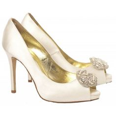 Stunning Wedding Shoe Inspiration from Freya Rose:  Alana Bridal Shoe with freshwater pearls and crystals