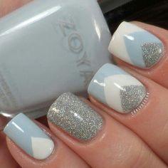 uñas azul/plata