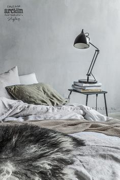 Manchester decor bedroom on pinterest boudoir for Decor chambre coucher