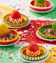 How To Make Cinco de Mayo Sombrero Pinata Cookies Sombrero Cookies, Pinata Cookies, Cupcake Cookies, Mexican Party Decorations, Wilton Cake Decorating, Cookie Decorating, Wilton Cakes, Cute Cakes, Yummy Snacks