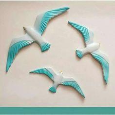 Clay Birds, Ceramic Birds, Ceramic Art, Pet Birds, Clay Wall Art, Mural Wall Art, Clay Art, Bird Crafts, Diy And Crafts