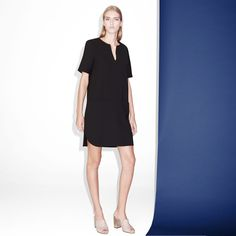 FWSS Exodus is a minimalistic shift dress in a crepe fabric, slits in the side seam and slit pockets at front.  #minimalistic #shift #crepe #lbd #dress #fwss
