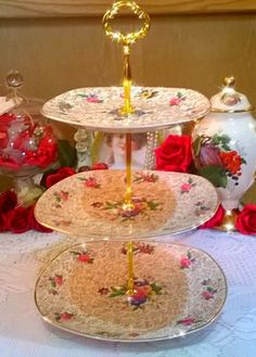 Vintage large midwinter 3 tier cake stand gold chintz with floral sprays & large vintage cake plate/stand green chintz with multi coloured ...