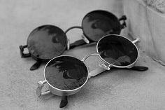 Very Cool Punk Round Sunglasses Ray Ban Sunglasses, Round Sunglasses, Jewelry Accessories, Fashion Accessories, Cute Glasses, Discount Ray Bans, Fashion Eye Glasses, Milan Fashion Weeks, Eyeglasses
