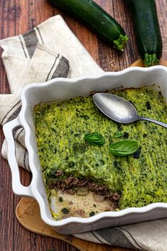 Parmentier de courgettes au boeuf – Amandine Cooking - Don't You Want to Have a Fit Body Zucchini Dinner Recipes, Dinner Recipes For Kids, Raw Food Recipes, Meat Recipes, Healthy Dinner Recipes, Breakfast Recipes, Kid Recipes, Juice Recipes, Healthy Diet Snacks