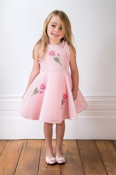 The most fashionable girls always arrive late to the party! Treat your little one to this vintage pink tea rose gown in time for She will heart you forever ❤️ Cute Little Girl Dresses, Girls Formal Dresses, Little Girl Outfits, Girls Party Dress, Cute Outfits For Kids, Baby Girl Dresses, Toddler Outfits, Baby Frock Pattern, Kids Dress Patterns
