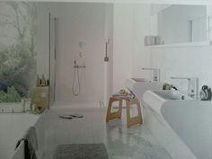 Light & airy bathroom