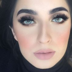 """""""Today's look✨ Liquid lipstick in Pure Hollywood Solotica lenses in Quartzo Eyeshadow palette in Demure Beauty Tips Blog, Beauty Hacks, Solotica Lenses, Divas, Prescription Colored Contacts, Pure Hollywood, Special Occasion Makeup, Eye Makeup, Hair Makeup"""