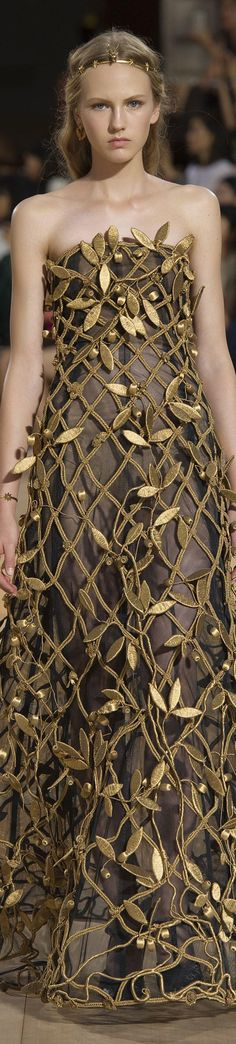 Valentino FW 2015 couture gold embellished gown // Pinned by Dauphine Magazine x Castlefield - Curated by Castlefield Bridal & Branding Atelier and delivering the ultimate experience for the haute couture connoisseur! Dauphine Magazine (luxury bridal and fashion crossover): www.dauphinemagazine.com, @dauphinemagazine on Instagram, and @dauphinemag on Pinterest • Visit Castlefield: www.castlefield.co and @ castlefieldco on Instagram / Luxury, fashion, weddings, bridal, style, art, design…