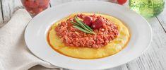 Szaftos bolognai ragu polentával kínálva: sűrű, fűszeres szafttal lesz az igazi - Receptek | Sóbors Polenta, Bologna, Risotto, Ethnic Recipes, Food, Essen, Meals, Yemek, Eten