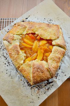 Apricot Galette - Ripe apricots baked to a jammy consistency & enveloped by golden brown pastry crust spinkled with coarse sugar crystals. Tart Recipes, Fruit Recipes, Baking Recipes, Dessert Recipes, Delicious Desserts, Just Desserts, Yummy Food, Health Desserts, Apricot Tart
