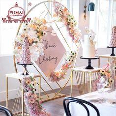 Gold Backdrop, Backdrop Decorations, Backdrop Stand, Backdrops, Wedding Decorations, Wooden Crates Wedding, 16th Birthday Decorations, Geometric Wedding, Wedding Frames