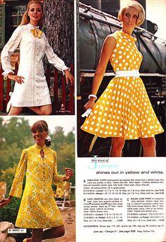 Sixties Fashion, 60 Fashion, Yellow Fashion, Fashion History, Fashion Photo, Retro Fashion, Vintage Fashion, Gothic Fashion, 1960s Dresses