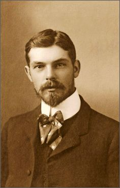 Hot Vintage Men - bearded with a bow tie