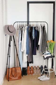 18 Open Concept Closet Spaces for Storing and Displaying Your Wardrobe