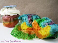 #tyedyecupcakes #rainbowcupcakes