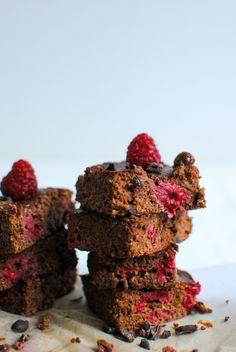Brownie com Framboesas #lemonaidpt #doces #sobremesas #brownie #chocolate #framboesas #svalentim #diadosnamorados #healthyfood