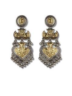 Silvercentrre.com – We Offer Sterling Silver Jewellery India, Designer Handmade Jewellery, Gold Jewellery, Celebrity Jewellery, Traditional and Tribal Jewellery, Rings, Earrings, Bracelets, Necklaces, Buy Online Shopping with Free Shipping.