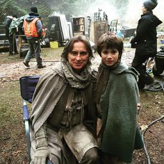 """Dean Petriw (Baelfire) and Robert Carlyle - Behind the scenes - 5 * 14 """"Devil's Due"""""""