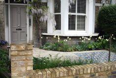 London front garden paving and mosaic tiles - Joanna Archer Garden Design Victorian Front Garden, Victorian Terrace, Victorian Gardens, Victorian London, Victorian House, Living Room Blinds, House Blinds, Garden Paving, Terrace Garden