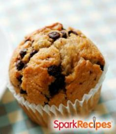 Single-Serve Pumpkin Chocolate Chip Cupcake (Microwave) | via @SparkPeople #food #recipe #treat #dessert #snack