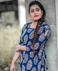Girls Lips, Classic Girl, Star Magic, Malayalam Actress, Beauty Full Girl, Indian Girls, Salwar Kameez, Indian Beauty, Cool Photos