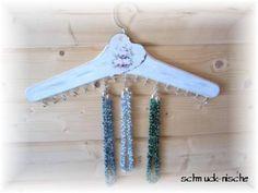 Schmuck-Nische: Kleiderbügel oder Schmuckorganizer