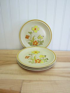 Vintage 1970s Hearthside Garden Festival Sunshine by EclecticGals