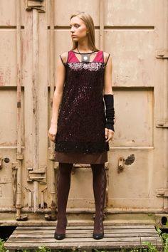Lookbook/Vereteno #Дизайнерскаяодежда #женскаяодежда #style #lookbook #vereteno #одеждаМосква #fashion #аппликации Dresses, Fashion, Vestidos, Moda, Fashion Styles, Dress, Fashion Illustrations, Gown, Outfits