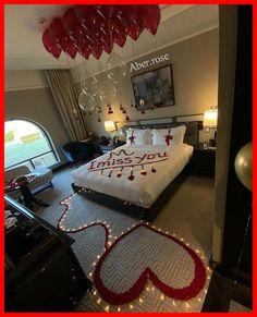 Hotel Room Decoration, Wedding Room Decorations, Romantic Room Decoration, Decoration Evenementielle, Romantic Bedroom Decor, Valentines Day Decorations, Wedding Bedroom, Romantic Valentines Day Ideas, Romantic Date Night Ideas