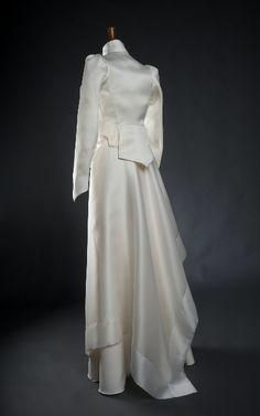 Paris Atelier, Creations, Victorian, Unique, Dresses, Fashion, Silk, Dress Ideas, Changing Room
