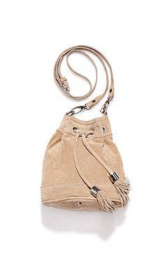 Beuteltasche von Studio Untold http://www.ullapopken.de/de/modell/echtleder-beuteltasche/702812/?g=SX&color=70281235&campaign=su/sm/pinterest/accessoires  #leder #leather #bag
