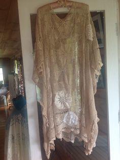 1 Table Cloth = s. Beautiful CAFTAN.