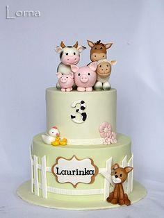 Farm cake by Lorna - Nutztiere Baby Cakes, Girl Cakes, Baby Shower Cakes, Cupcake Cakes, Farm Birthday Cakes, Farm Animal Birthday, Barnyard Cake, Farm Cake, Bolo Kitty