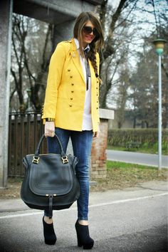 This Chloé bag ( I want another one so bad!!!) and this yellow jacket!