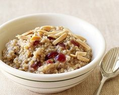 PointsPlus Cranberry-Maple Slow Cooker Oatmeal Recipe from 101 Best Slow Cooker Recipes (Slideshow) Ww Recipes, Slow Cooker Recipes, Crockpot Recipes, Cooking Recipes, Healthy Recipes, Healthy Meals, Crockpot Dishes, Protein Recipes, Fun Cooking