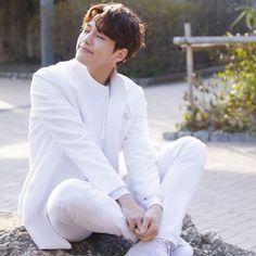 L Infinite, Kim Myung Soo, Myungsoo, Korean Actors, Actors & Actresses, Kdrama, Singing, Angels, Chinese