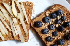Healthy, Yummy & Quick Snack. Almond butter and fresh fruit sandwich  #vegan