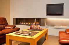 foto's voorbeelden inspiratie voor Haarden en kachels - MBW Flat Screen, Furniture, Home Decor, Blood Plasma, Decoration Home, Room Decor, Flatscreen, Home Furnishings, Home Interior Design