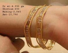 Saved by radha reddy garisa Plain Gold Bangles, Gold Bangles Design, Gold Jewellery Design, Italian Gold Jewelry, Antique Jewellery Designs, Jewelry Model, India Jewelry, Bangle Bracelets, Sell Gold