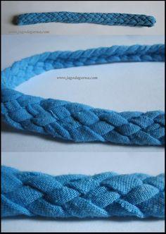 Niebieska opaska na włosy ze starej koszulki www.facebook.com/BransoletkizMuliny www.jagodagorna.com